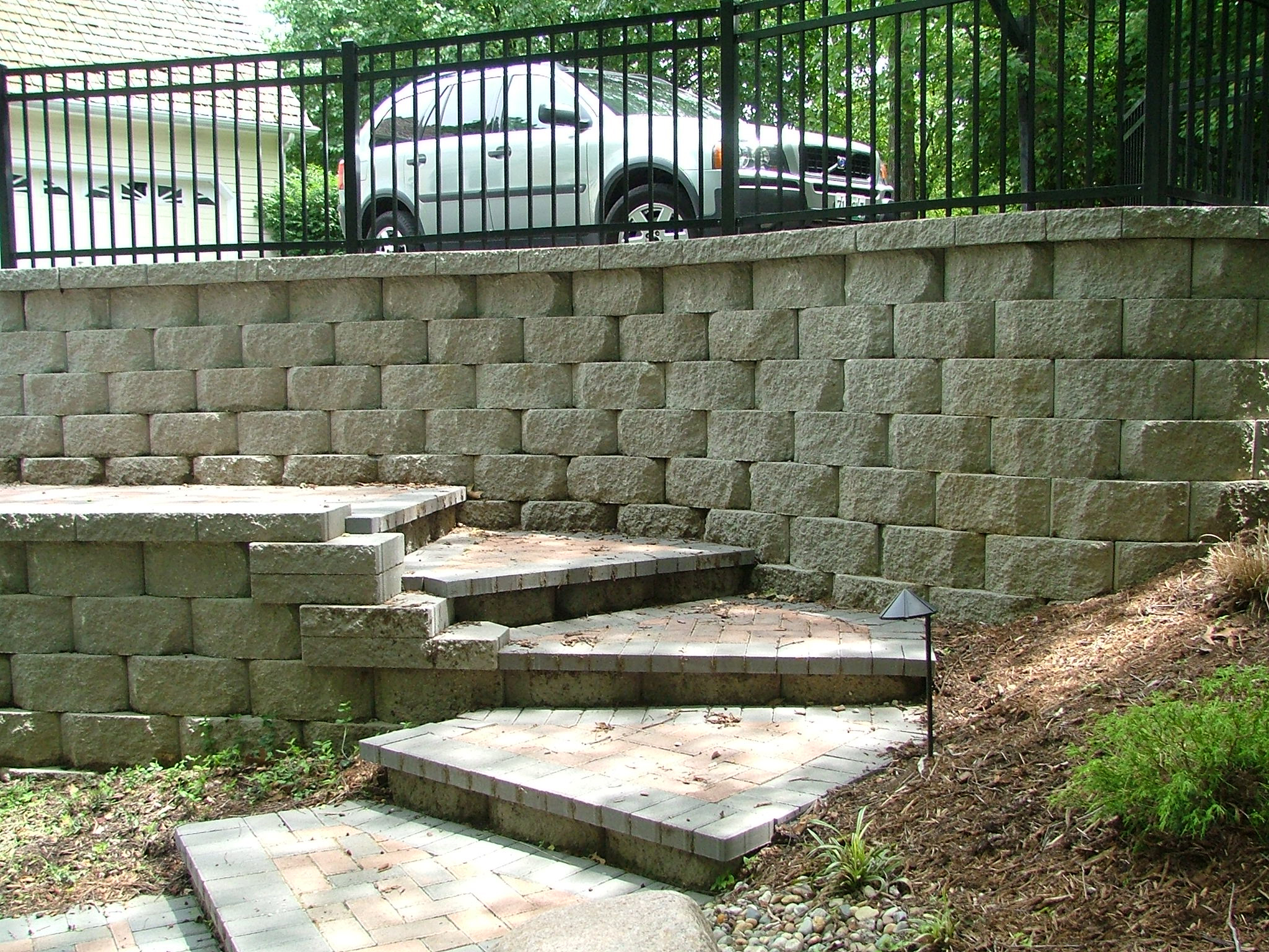 Retaining wall steps album 1 this great looking hardscape design and installation in jefferson county missouri is also one of my favorite designs and installations solutioingenieria Image collections