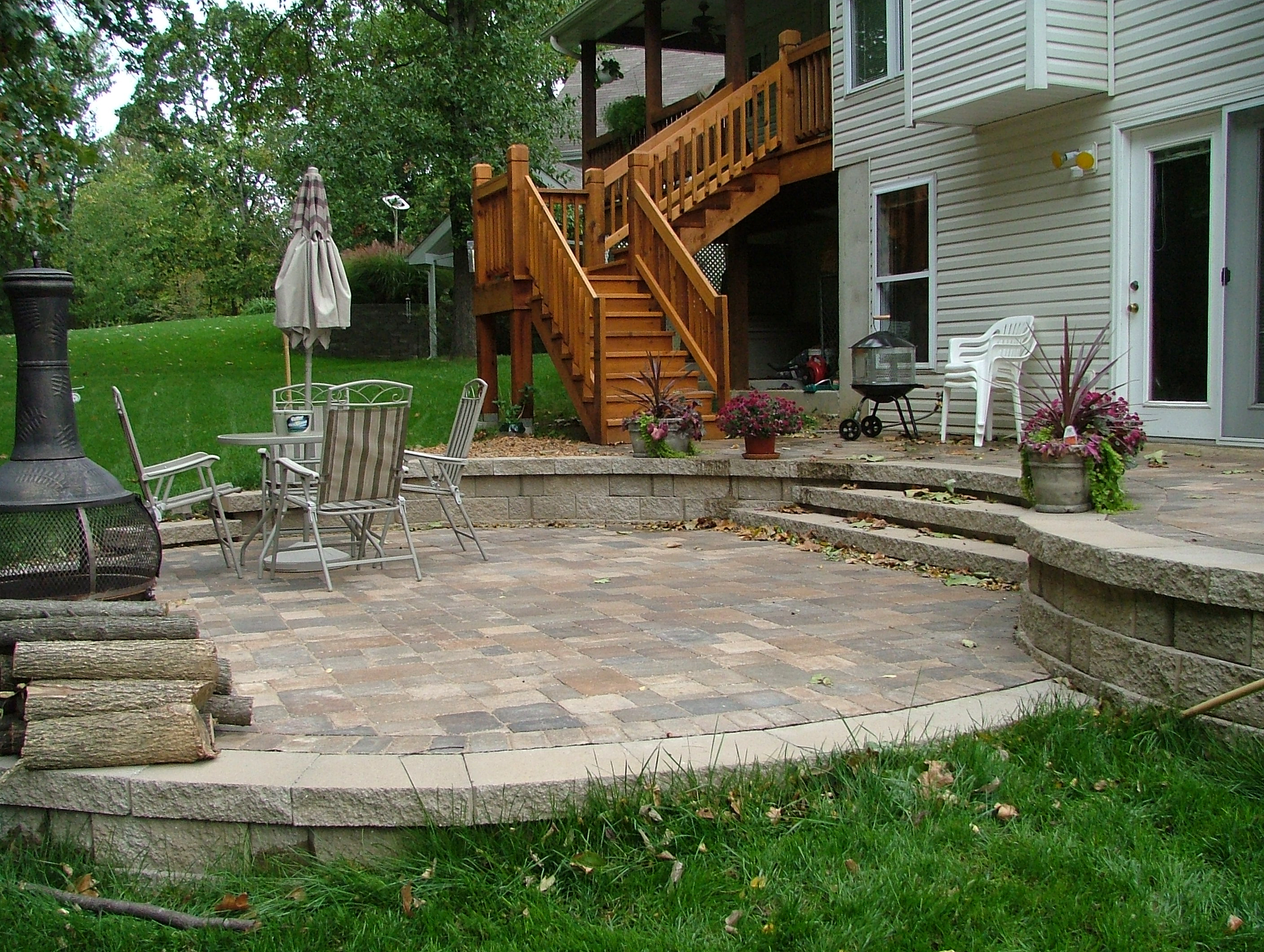 40 new patio with retaining wall pics patio design central