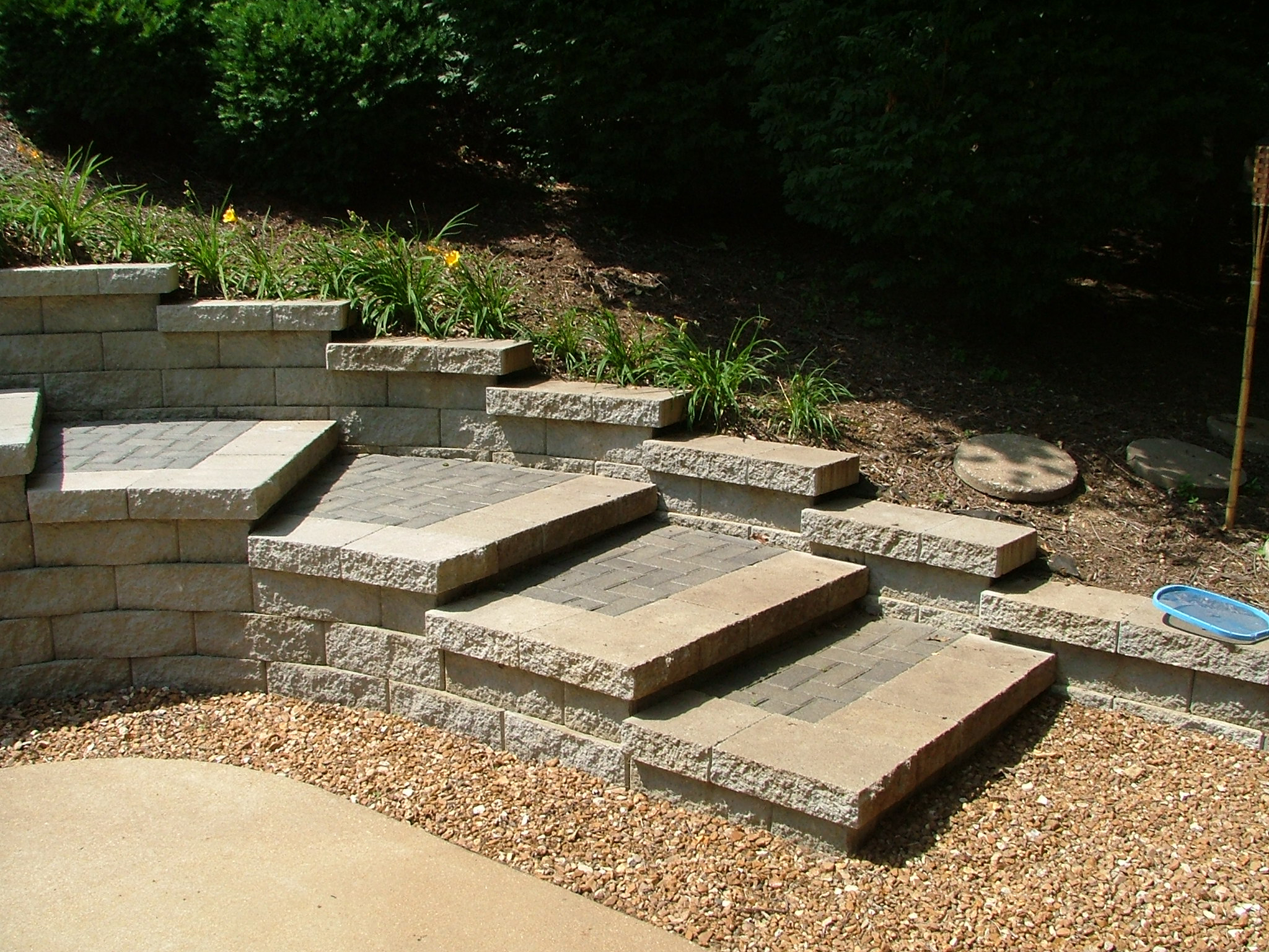 This Great Looking Patio Paver Project And These Retaining Walls With  Modular Block Steps In St. Peters, Missouri, Are One Of The Most Popular  Paver Patio ...