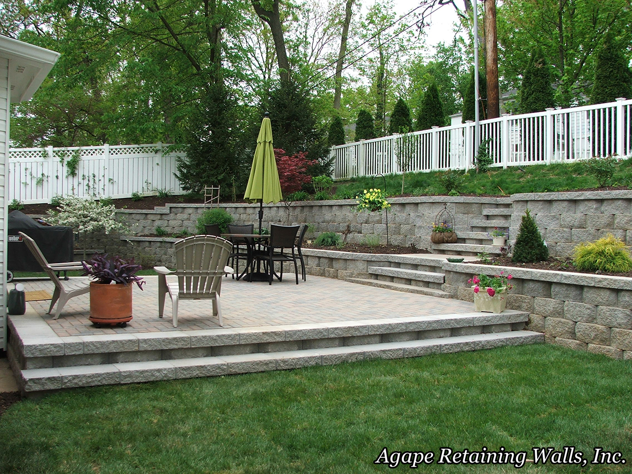 Outdoor Living Spaces St. Louis, MO. Paver Patio Design, Retaining Wall  Design, Hardscape Solutions STL, Paver Solutions St. Louis, Retaining Wall U2026