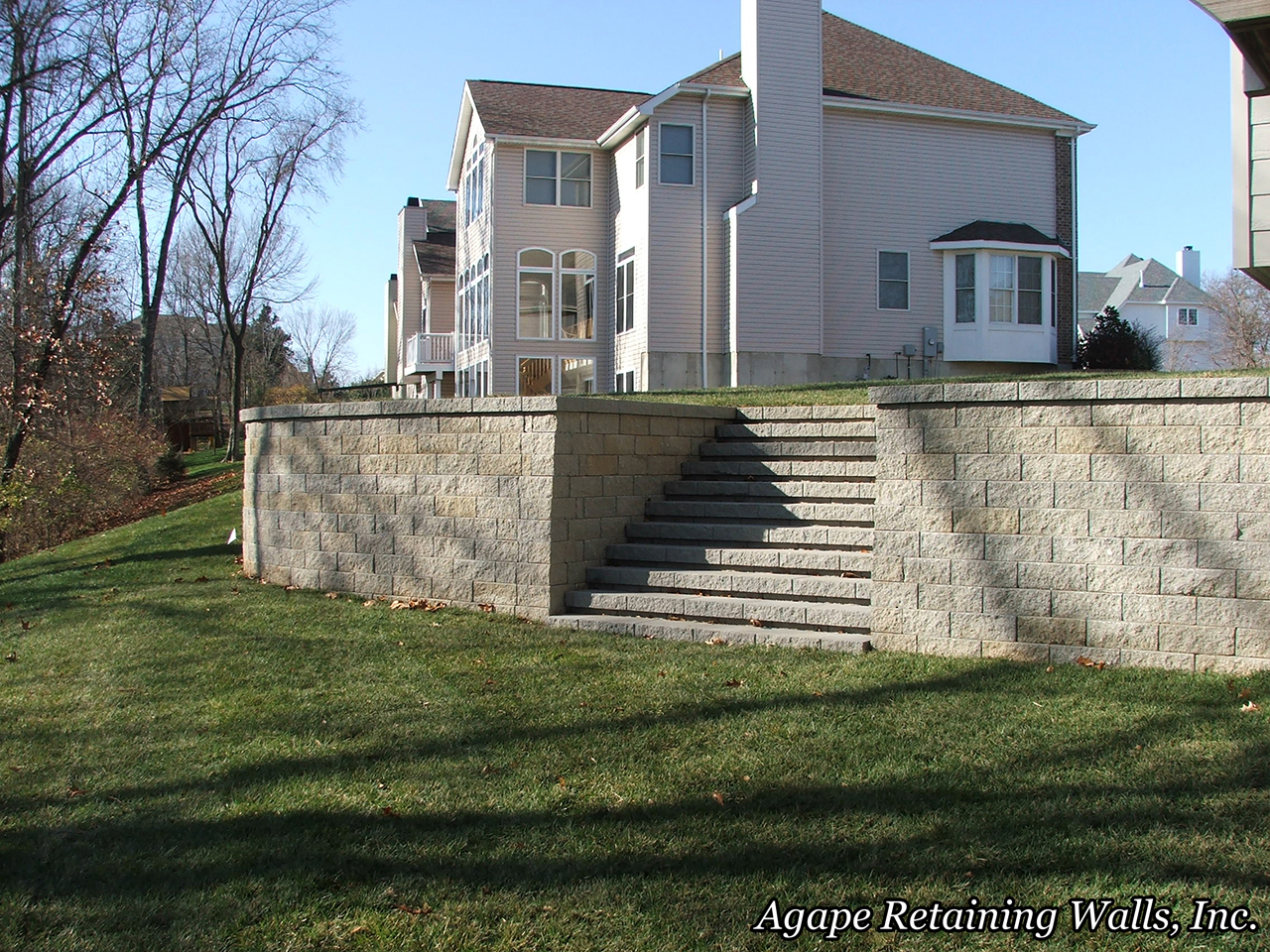 This Backyard Patio Paver Project In St Louis County Was A Pleasure For Us To Design Install We Used Combination The Retaining Walls Using